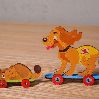 Kačiukas ir šuniukas 3D modelis spalvinimui
